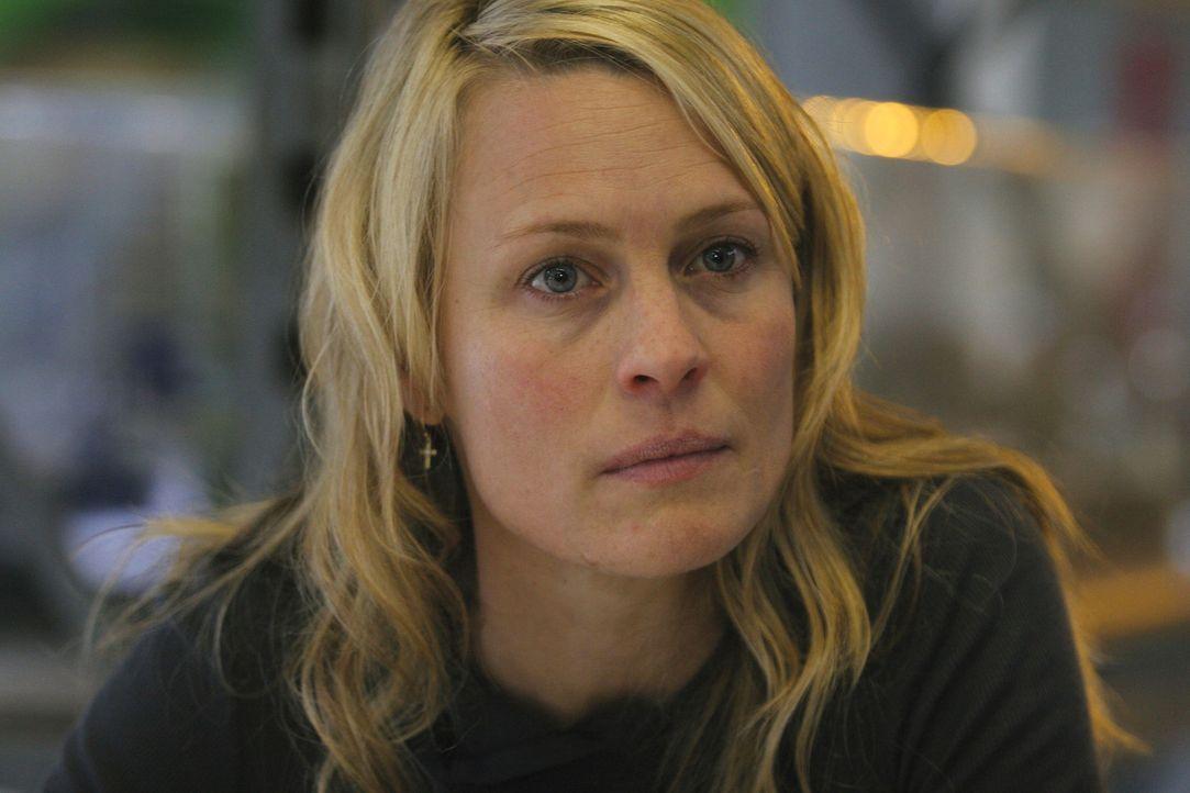 Liv (Robin Wright Penn) ahnt erst spät, dass Wills Leben völlig aus den Fugen geraten ist ... - Bildquelle: Miramax Films.  All Rights Reserved.