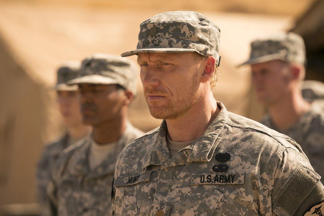 Owen (Kevin McKidd) erinnert sich an seine Zeit im Irak und an die Ereignisse, die dazu führten, dass seine Schwester verschwand ... - Bildquelle: Mitch Haaseth 2017 American Broadcasting Companies, Inc. All rights reserved.