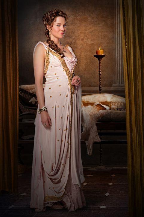 Unterstützt die Träume ihres Mannes Batiatus, wo sie nur kann: Lucretia (Lucy Lawless) ... - Bildquelle: 2010 Starz Entertainment, LLC