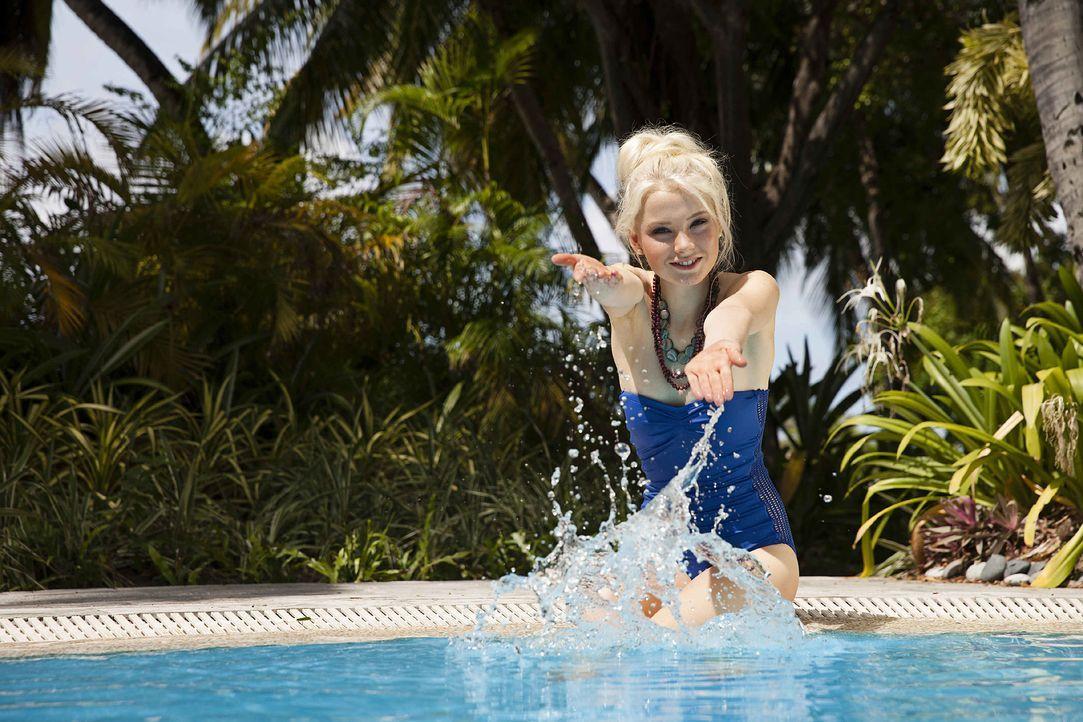 GNTM-Stf10-Epi13-Bikini-Shooting-Malediven-87-Katharina-ProSieben-Boris-Breuer - Bildquelle: ProSieben/Boris Breuer