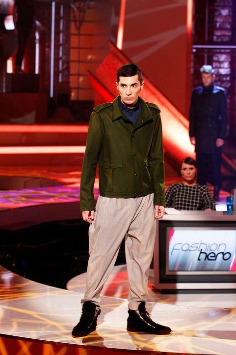 Fashion-Hero-Epi03-Gewinneroutfits-Tim-Labenda-Karstadt-02-Richard-Huebner - Bildquelle: Richard Huebner