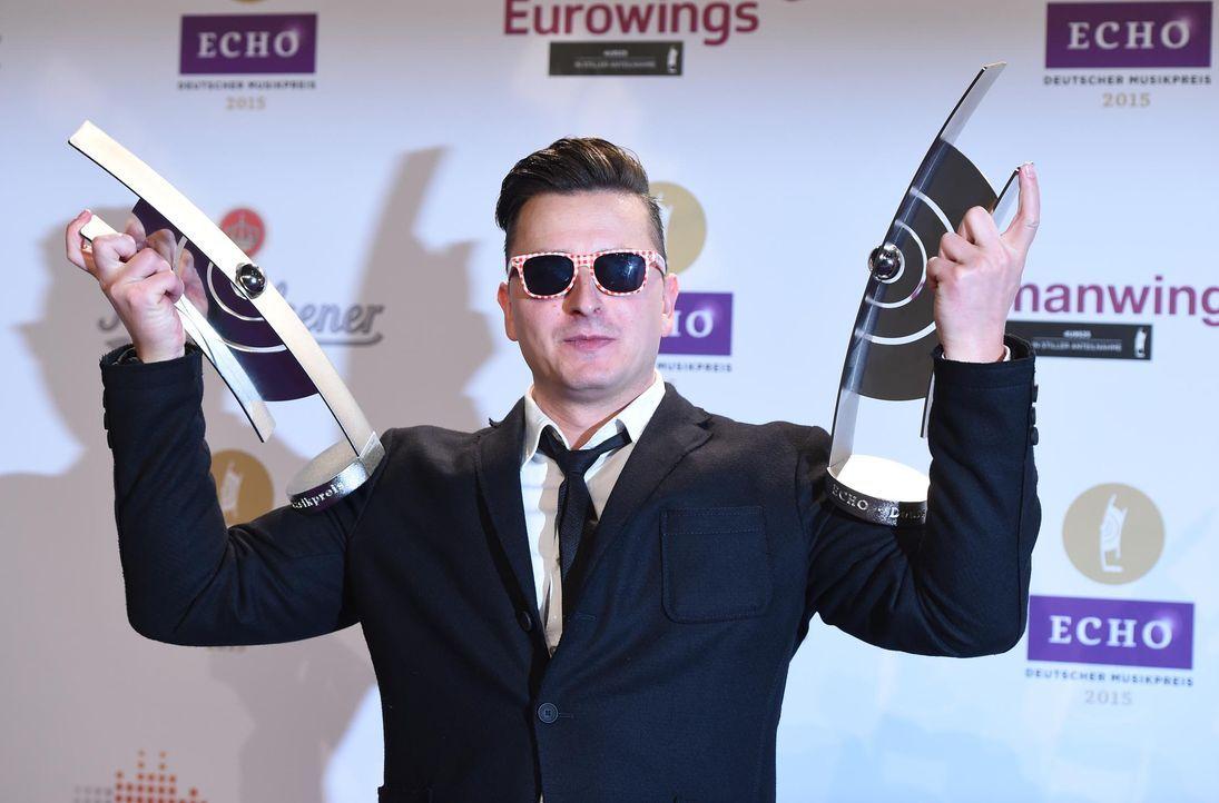 Echo-Gewinner-150326-05-gabalier-dpa - Bildquelle: Jens Kalaene/dpa