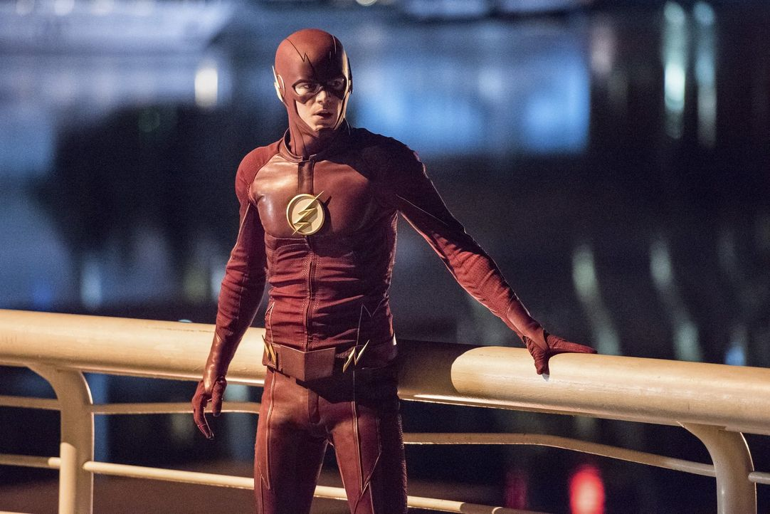 Neue Feinde tauchen in Central City auf und zeigen Barry alias The Flash (Grant Gustin) erneut auf, welchen Schaden er seinen Freunden und der Stadt... - Bildquelle: 2016 Warner Bros.
