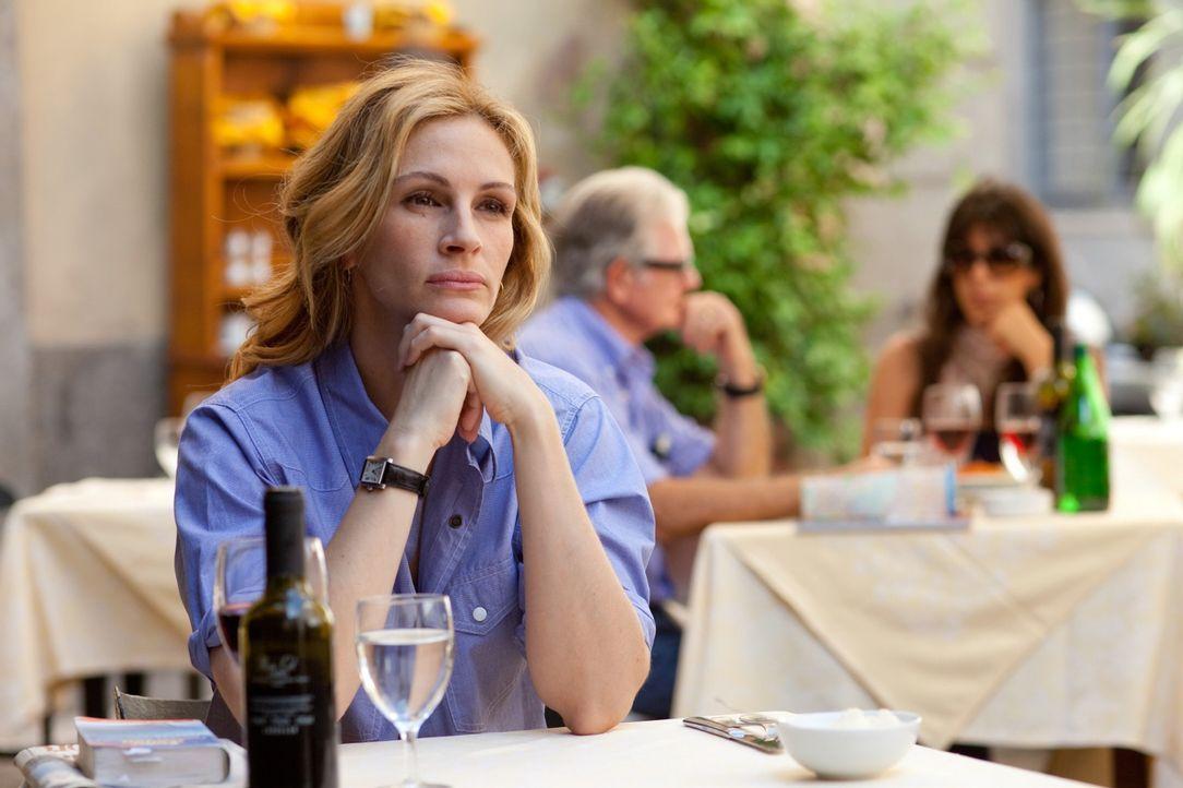 Macht sich auf die Such nach ihrem Glück: Liz Gilbert (Julia Roberts) ... - Bildquelle: 2010 Columbia Pictures Industries, Inc. All Rights Reserved.