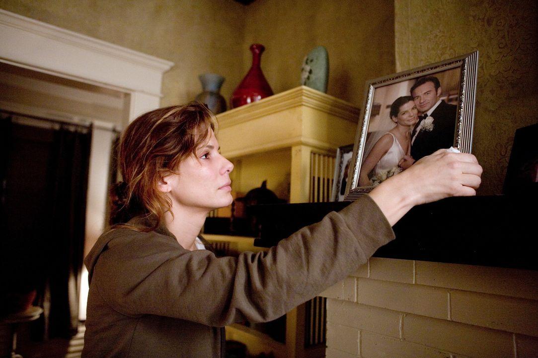 Für die zweifache Mutter Linda Hanson (Sandra Bullock) bricht eine Welt zusammen, als ihr Mann bei einem Autounfall ums Leben kommt. Doch am nächs... - Bildquelle: KINOWELT FILMVERLEIH GMBH