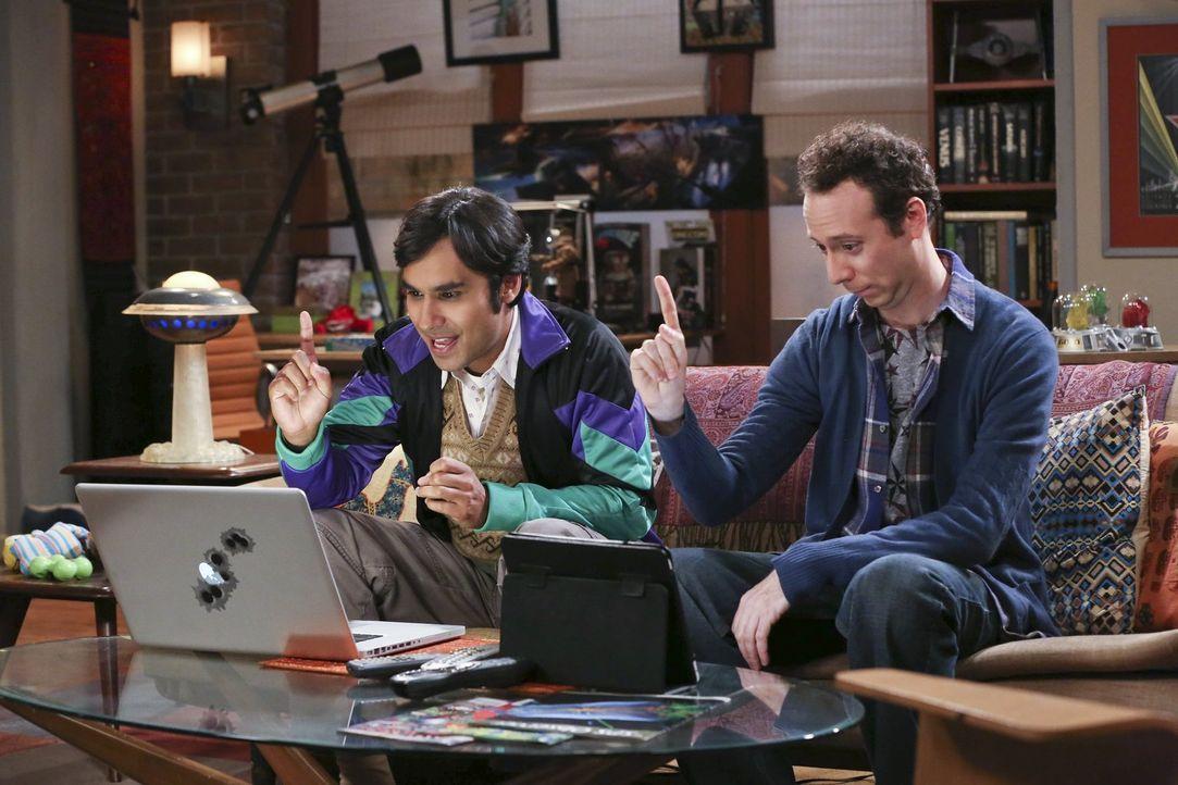 Haben eine ganz besondere Idee, um Frauen kennenzulernen: Raj (Kunal Nayyar, l.) und Stuart (Kevin Sussman, r.) ... - Bildquelle: Warner Bros. Television