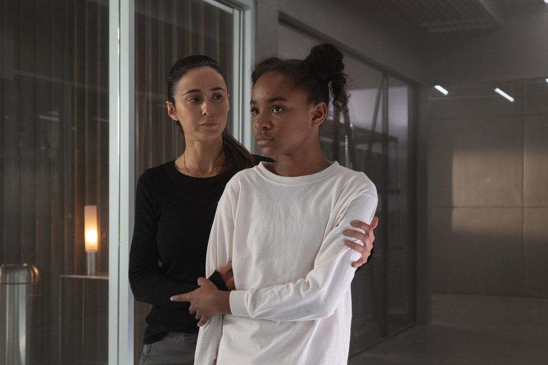 Amy Bellafonte (Saniyya Sidney, l.); Dr. Lila Kyle (Emmanuelle Chriqui, r.) - Bildquelle: Erika Doss 2019 Fox and its related entities. All rights reserved. / Erika Doss