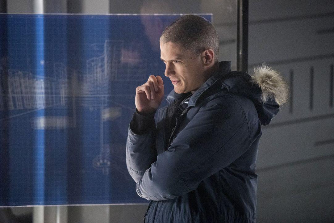 Barry reist in die Vergangenheit, um Snart alias Captain Cold (Wentworth Miller) für eine gefährliche Mission zu gewinnen. Wird das wirklich folgenl... - Bildquelle: 2016 Warner Bros.