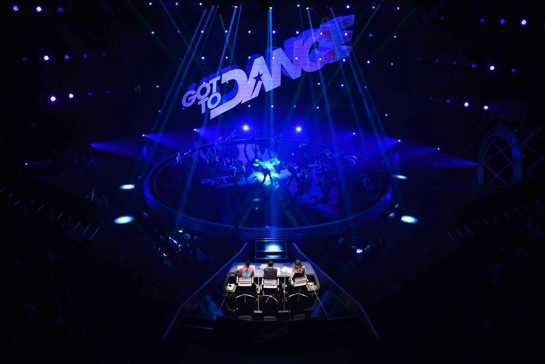 Got-To-Dance-Kosmosgruppe-14-SAT1-ProSieben-Willi-Weber - Bildquelle: SAT.1/ProSieben/Willi Weber