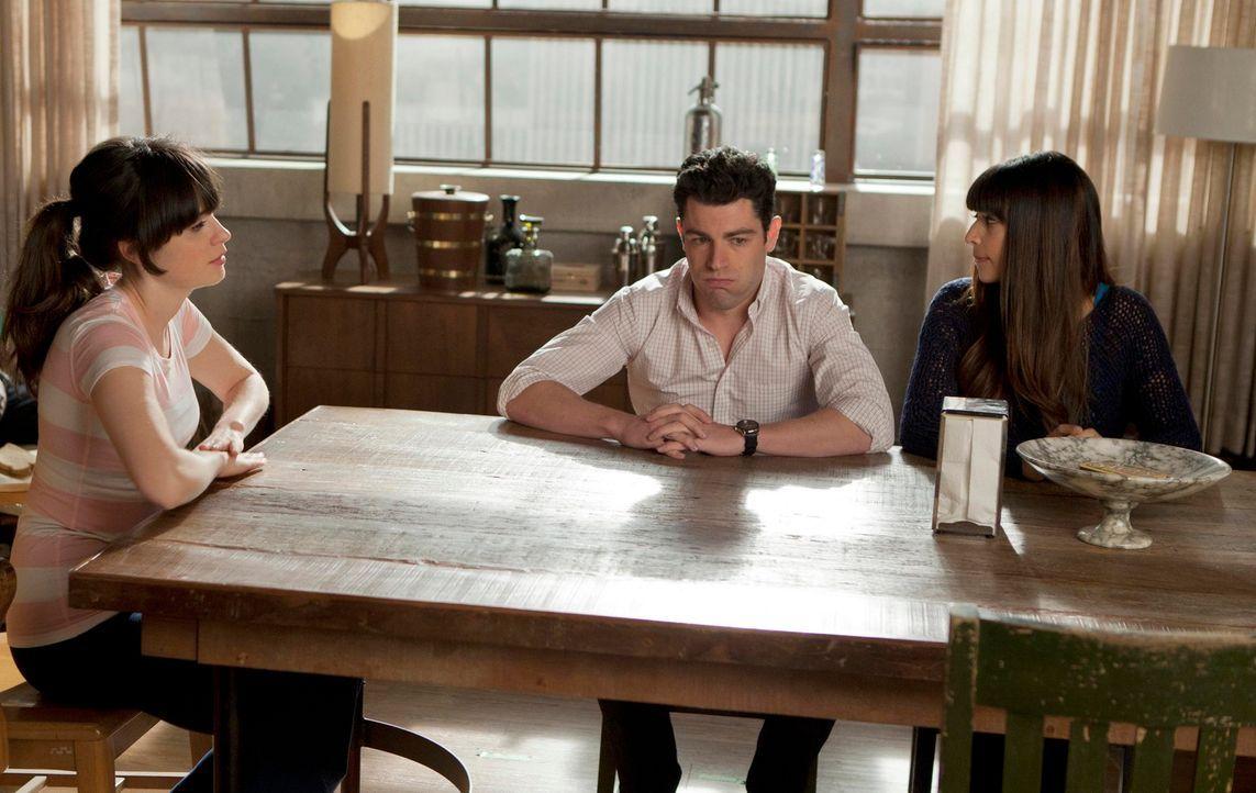 Jess (Zooey Deschanel, l.) findet heraus, dass Schmidt (Max Greenfield, M.) und Cece (Hannah Simone, r.) eine Affäre haben, und ist zutiefst verletz... - Bildquelle: 20th Century Fox