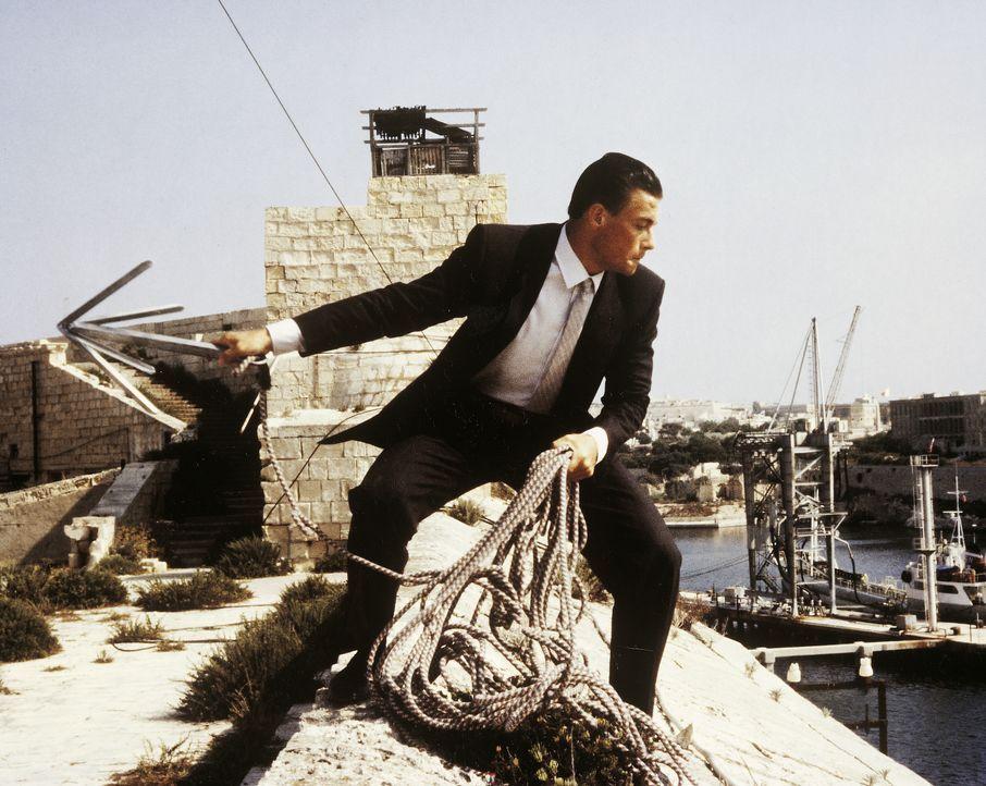 Andrei (Jean-Claude Van Damme) - Bildquelle: RRS Entertainment