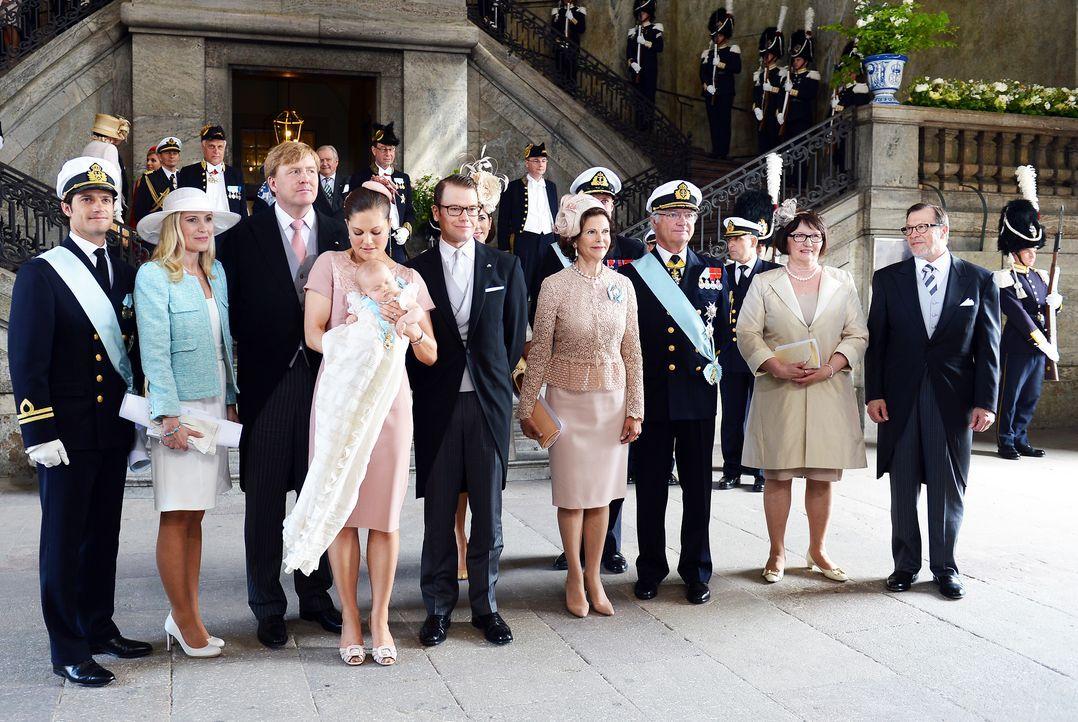 Taufe-Prinzessin-Estelle-von-Schweden-12-05-22-03-dpa - Bildquelle: dpa picture alliance