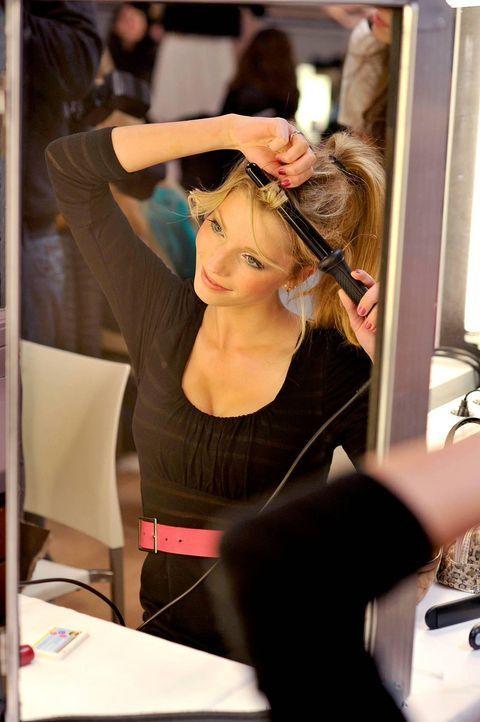 germanys-next-topmodel-stf07-epi01-top-50-backstage-04-oliver-s-prosiebenjpg 1131 x 1700 - Bildquelle: Oliver S. - ProSieben