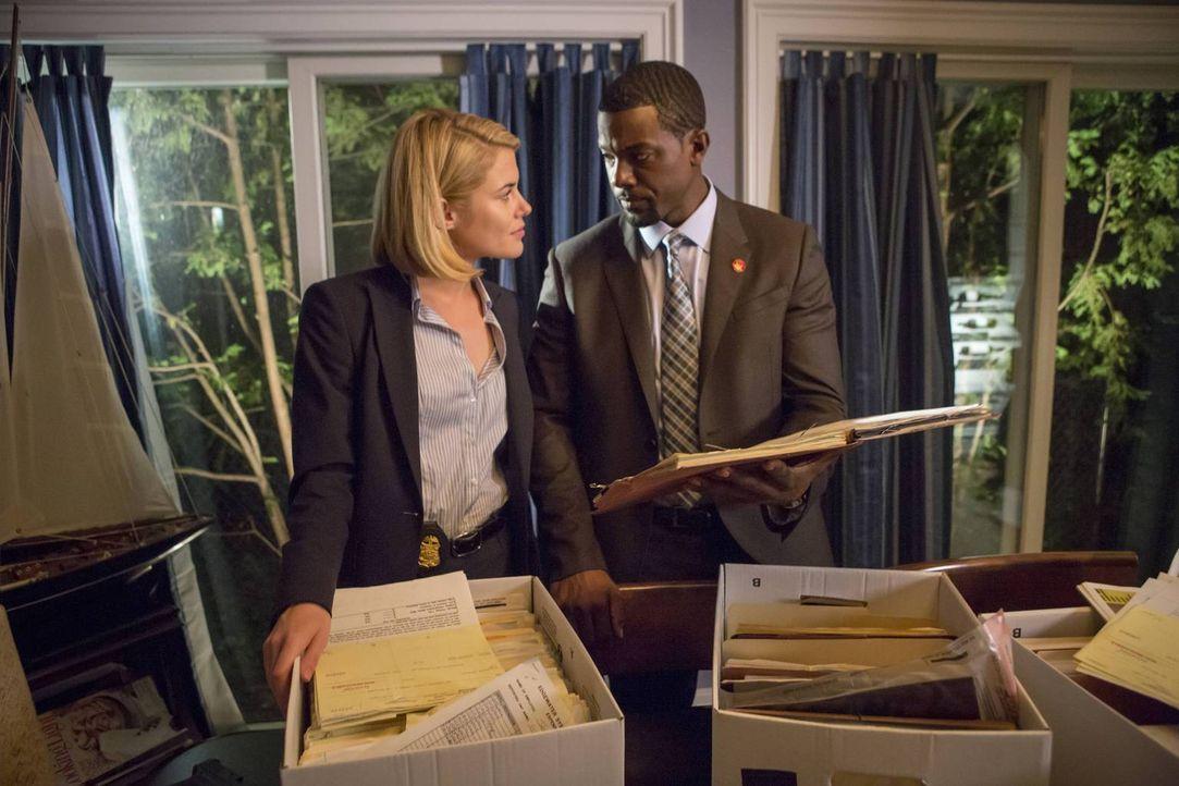 Versuchen alles, um den Entführer zu finden und die Kinder zu befreien: FBI-Agentin Susie Dunn (Rachael Taylor, l.) und Secret Service-Agent Marcus... - Bildquelle: 2013-2014 NBC Universal Media, LLC. All rights reserved.