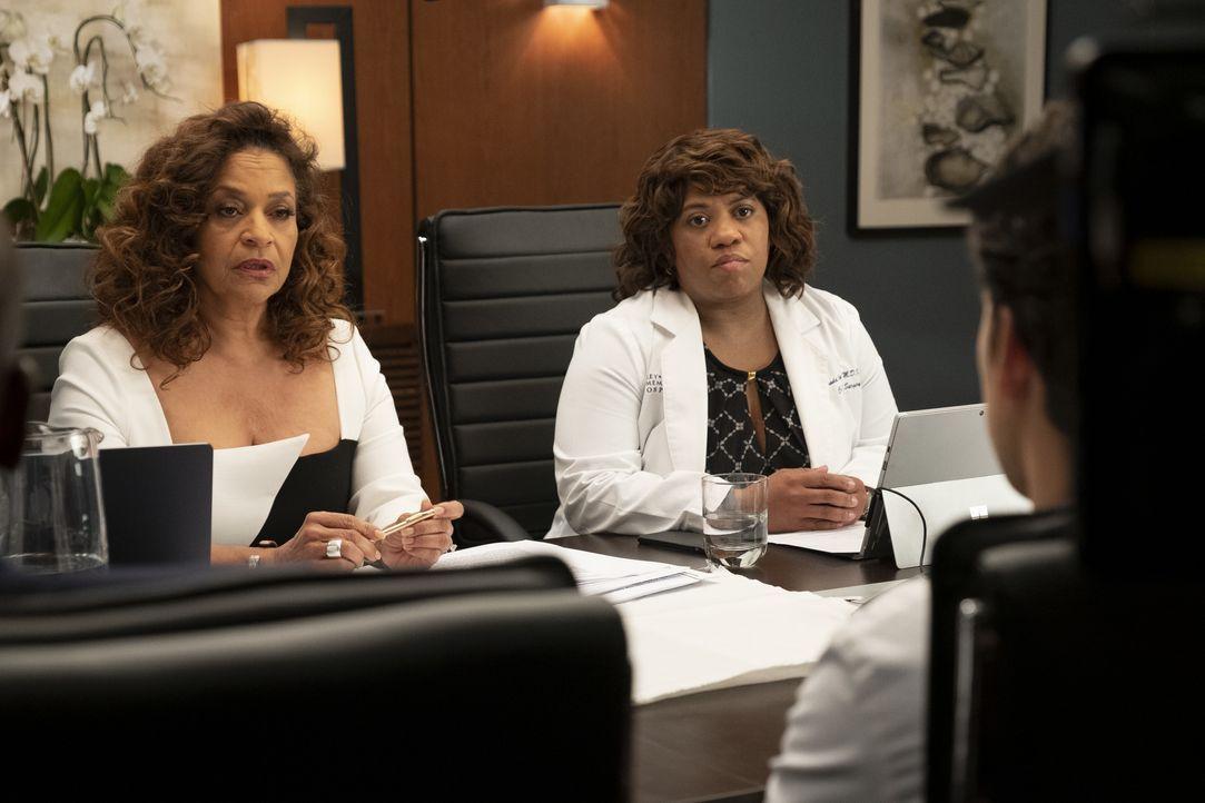 Dr. Catherine Avery (Debbie Allen, l.); Dr. Miranda Bailey (Chandra Wilson, r.) - Bildquelle: Jessica Brooks ABC Studios / Jessica Brooks