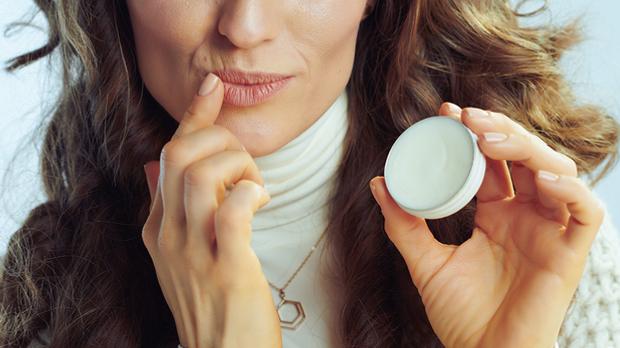 Hast du schon mal ein Lippenpeeling oder einen Lippenbalsam mit Kokosnussöl a...