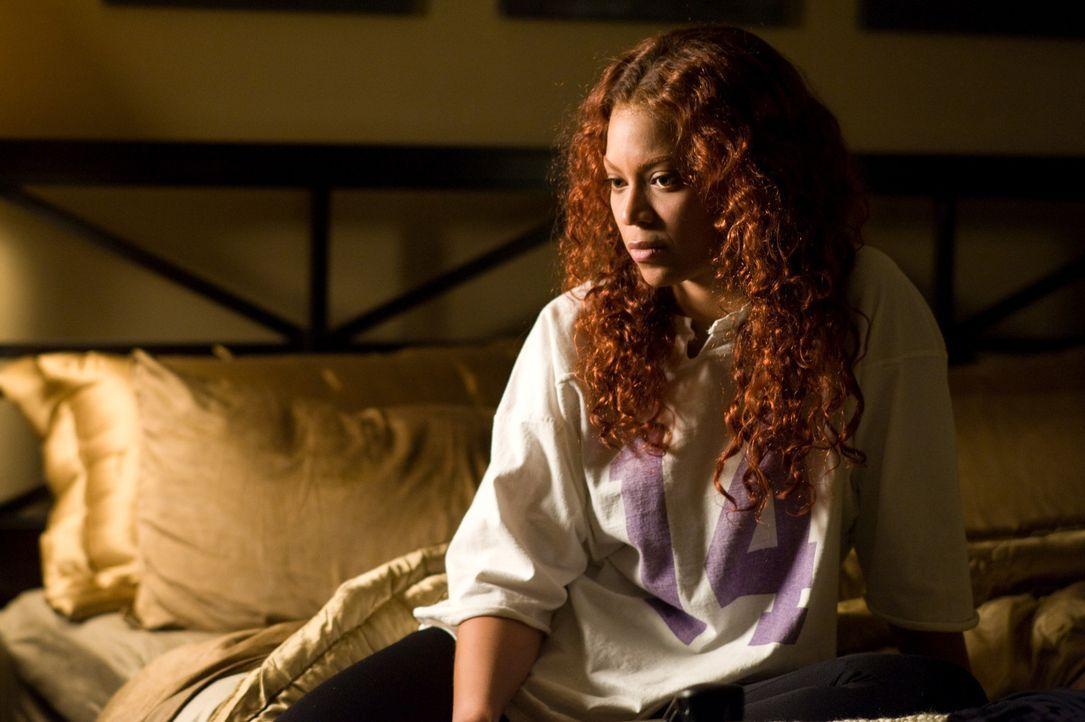 Als die Bürohilfe Lisa anfängt, ihren Ehemann zu verfolgen und vorgibt, eine Affäre mit ihm zu haben, gerät Sharons (Beyoncé Knowles) Leben nic... - Bildquelle: 2009 Screen Gems, Inc. All Rights Reserved.