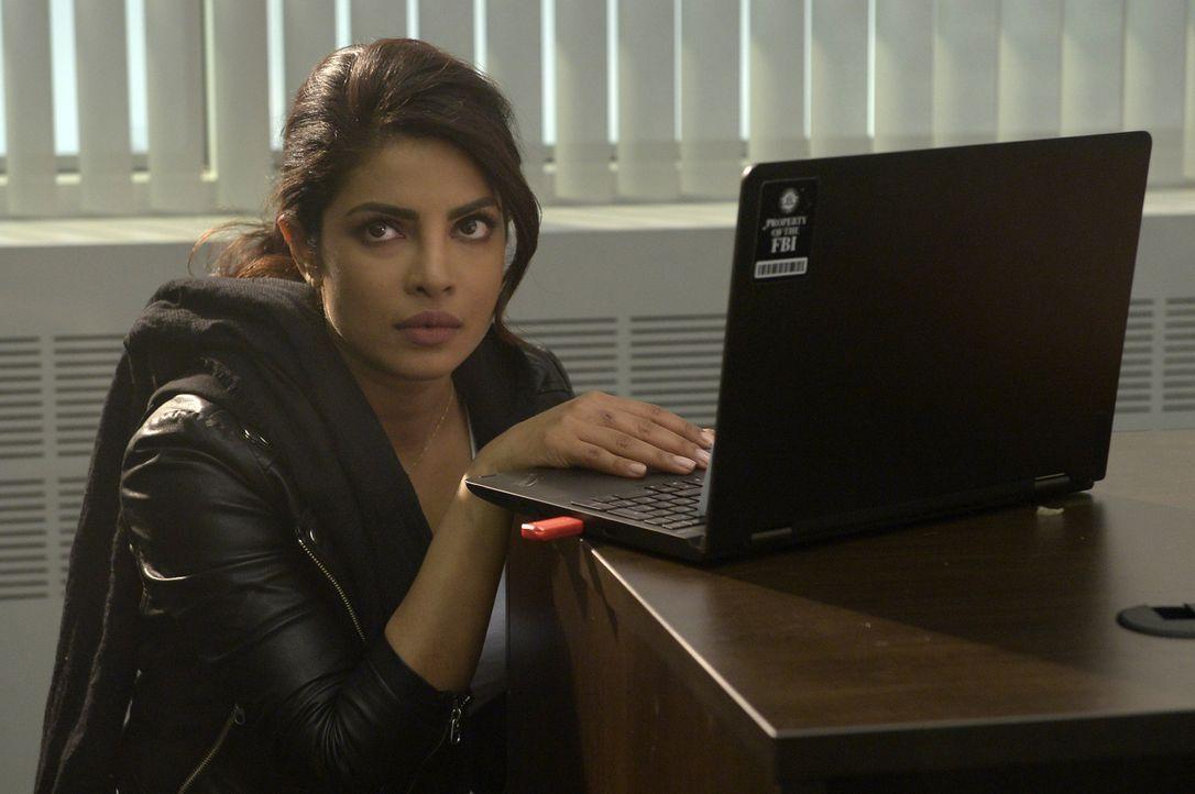 Alex (Priyanka Chopra) weiß nicht mehr, wem sie noch trauen kann, als sie schockierende Informationen über den Mann, den sie liebt, erhält ... - Bildquelle: Philippe Bosse 2016 American Broadcasting Companies, Inc. All rights reserved.