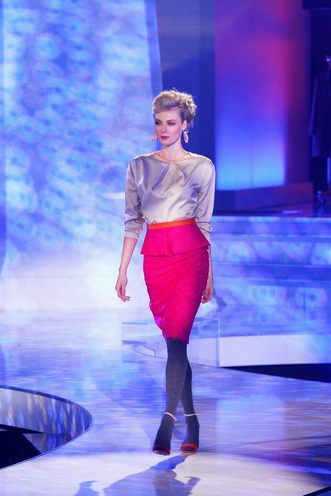 Fashion-Hero-Epi03-Gewinneroutfits-Yvonne-Warmbier-Karstadt-01-Richard-Huebner - Bildquelle: Richard Huebner