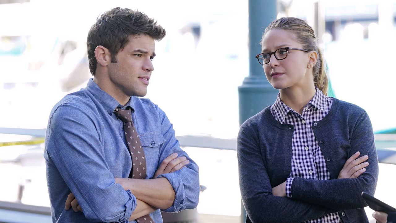Werden Winns (Jeremy Jordan, l.) Gefühle für Kara (Melissa Benoist, r.) zwischen den beiden Freunden stehen? - Bildquelle: 2015 Warner Bros. Entertainment, Inc.