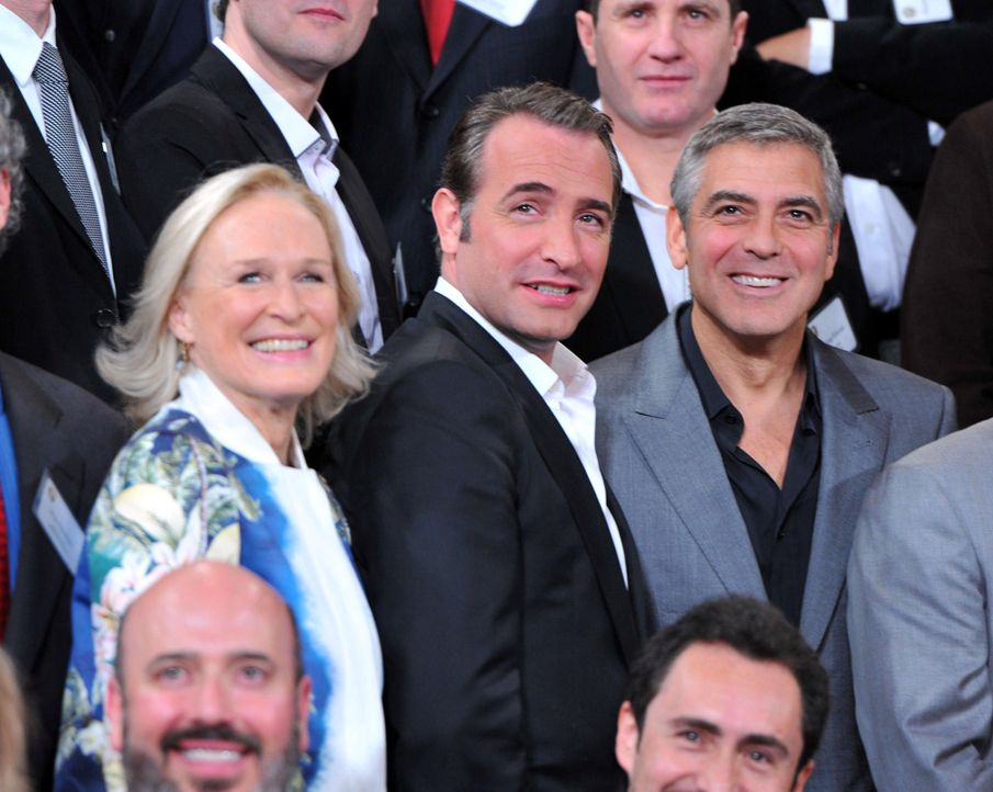 glenn-close-jean-dujardin-george-clooney-12-02-06-getty-afpjpg 2000 x 1596 - Bildquelle: getty-AFP
