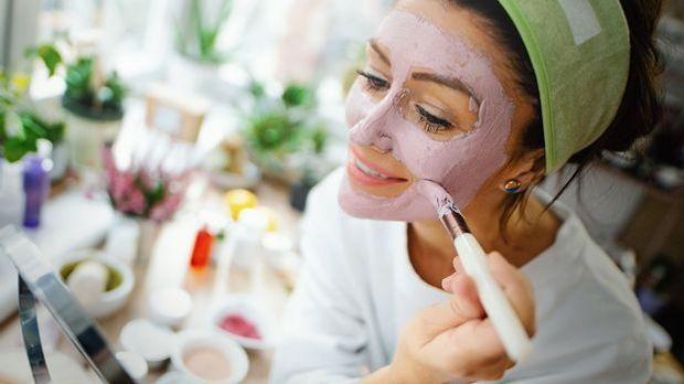 Rezepte für die perfekte Gesichtsmaske zum Selbermachen – und das für jeden H...