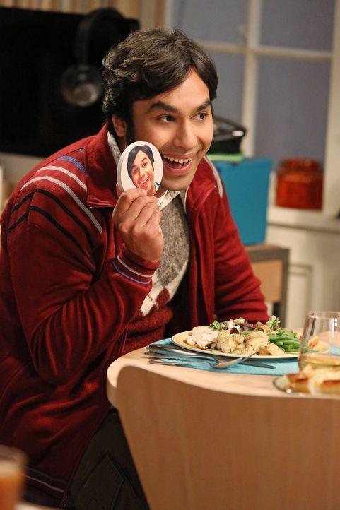 Findet heraus, dass sich seine Eltern getrennt haben, während Leonard sein Schnarch-Problem in den Griff bekommen möchte: Raj (Kunal Nayyar) ... - Bildquelle: Warner Bros. Television