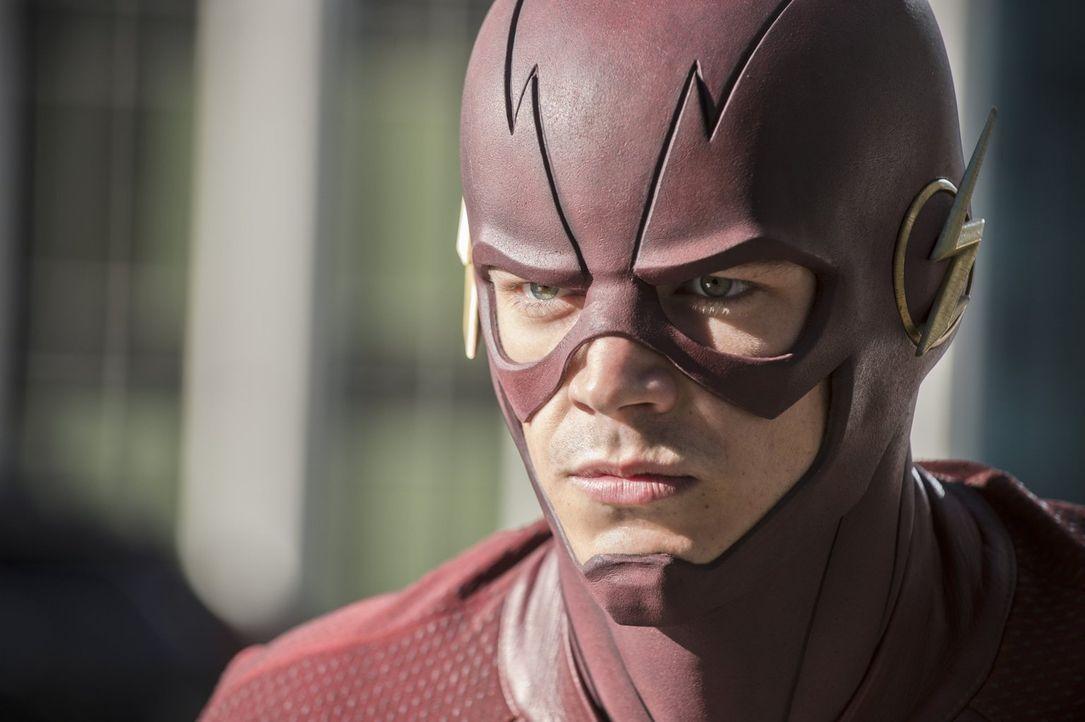 Barry alias The Flash (Grant Gustin) legt sich mit dem Atom-Smasher an und erhält von ihm Informationen über einen weiteren, unbekannten Feind ... - Bildquelle: 2015 Warner Brothers.