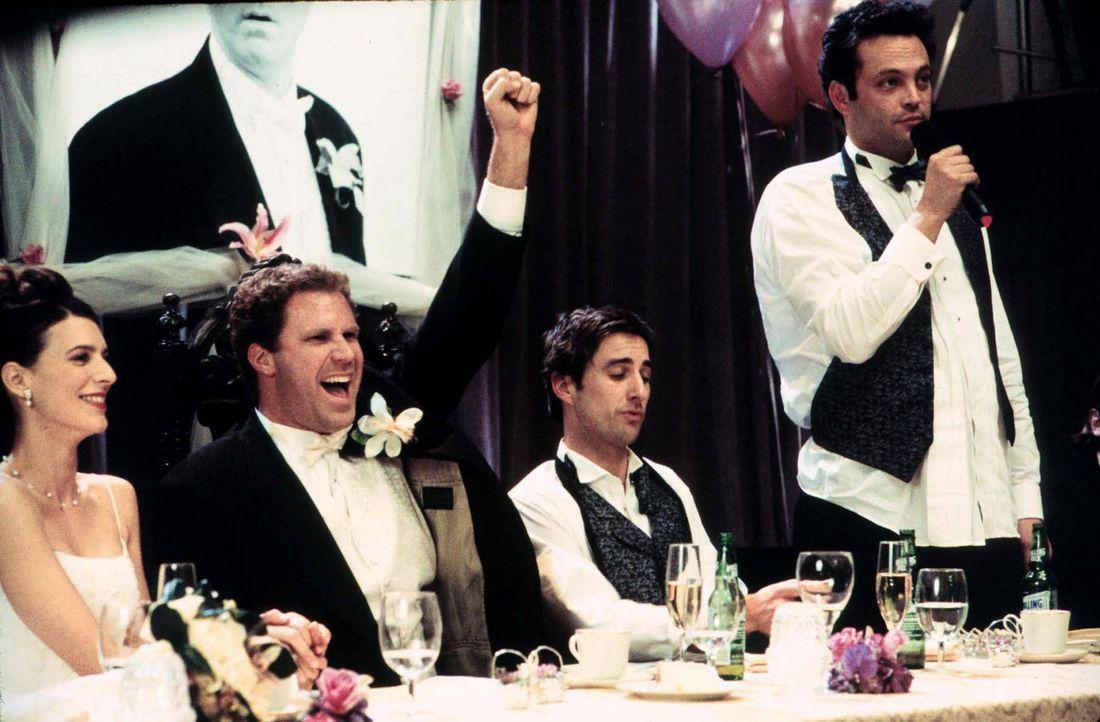 Frank (Will Ferrell, 2.v.l.) ist zwar mit Marissa (Perrey Reeves, l.) frisch verheiratet, doch deren tägliche Gängelung haben ihn den Schritt län... - Bildquelle: DreamWorks SKG