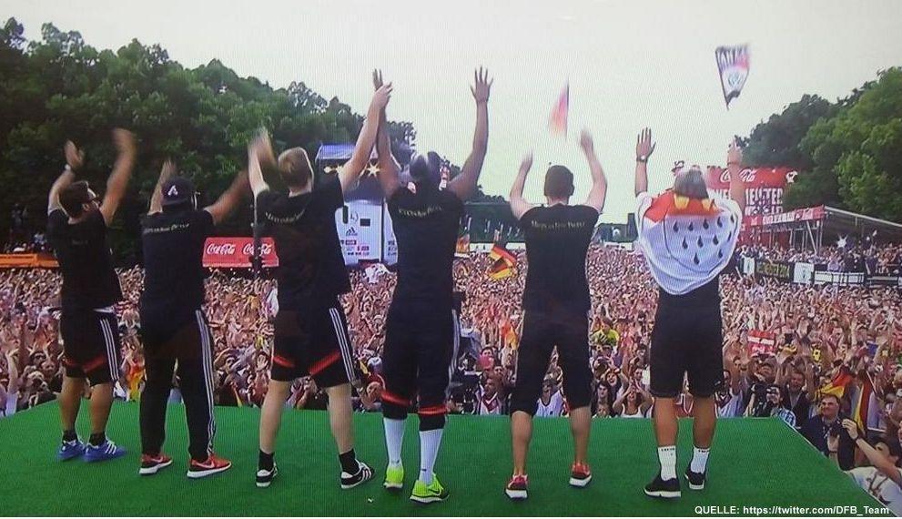 wm-ankunft-24-twitter-DFB_Team - Bildquelle: https://twitter.com/DFB_Team