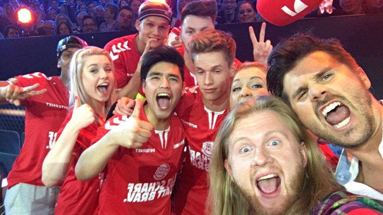 Völkerball Meisterschaft Selfie - Bildquelle: ProSieben