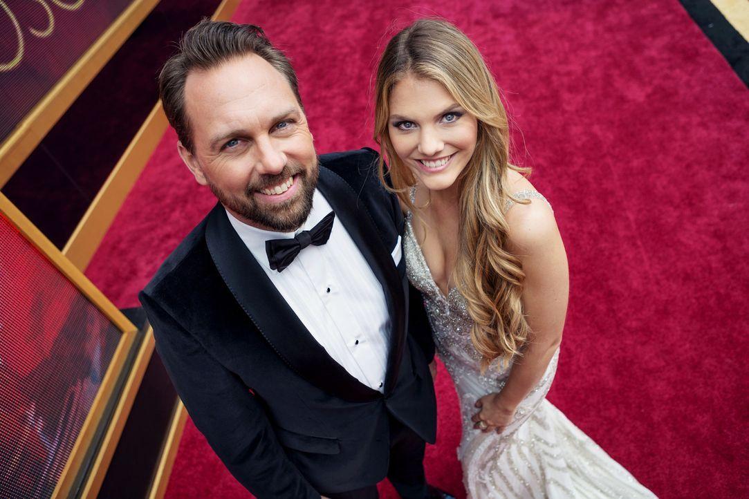 """Berichten live aus Los Angeles vom größten Filmfest der Welt, den """"Oscar 2018 - Academy Awards"""": Steven Gätjen (l.) und Viviane Geppert (r.) ... - Bildquelle: Martin Ehleben ProSieben"""