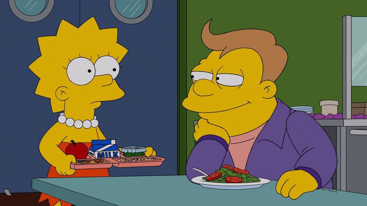 Lisa (l.) ist schwer verliebt in Lucas (r.), einen dicken und dümmlichen Mitschüler, der überhaupt nicht ihre Kragenweite ist. Marge erfährt von Pat... - Bildquelle: 2013 Twentieth Century Fox Film Corporation. All rights reserved.