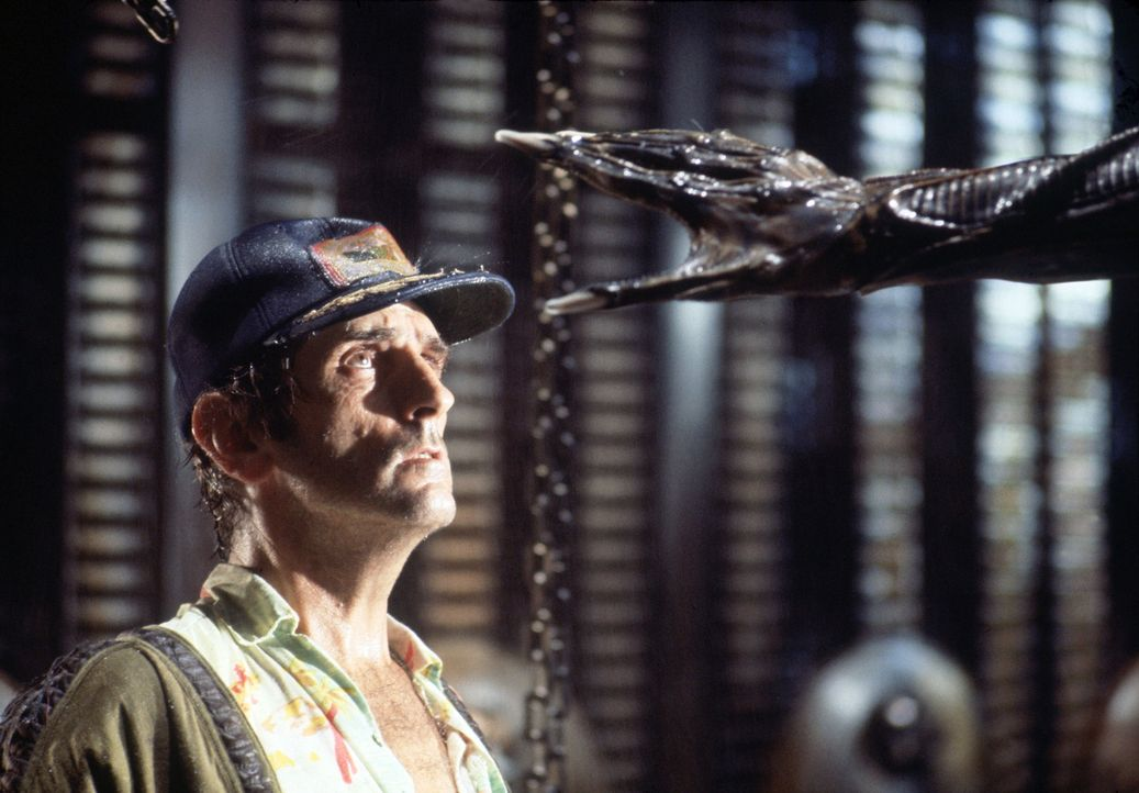 Im Visier eines Aliens: Brett (Harry Dean Stanton) ... - Bildquelle: 1979 Twentieth Century Fox Film Corporation.  All rights reserved.