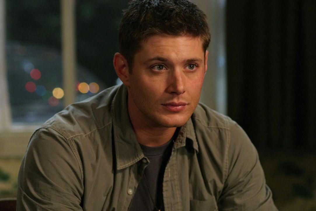 Ausgerechnet vor Weihnachten stoßen Sam und Dean (Jensen Ackles) auf eine geheimnisvolle Mordserie, bei der die Opfer anscheinend durch den Kamin a... - Bildquelle: Warner Bros. Television