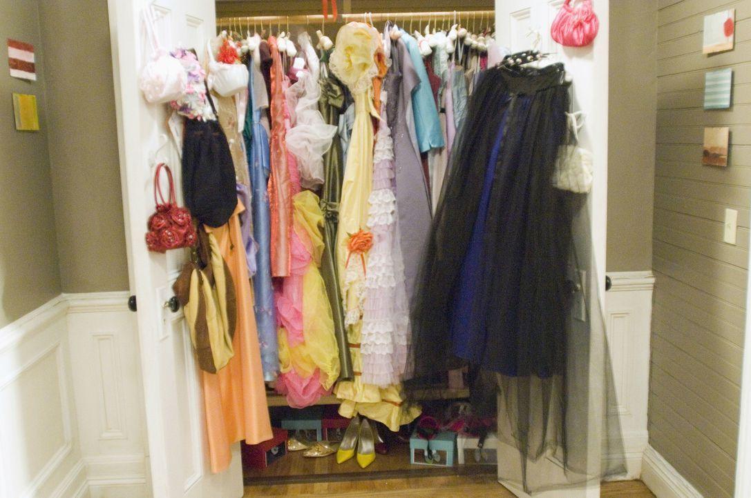 27 Kleider für 27 Hochzeiten - nur leider war keine davon Janes eigene Hochzeit ... - Bildquelle: Twentieth Century Fox Film Corporation
