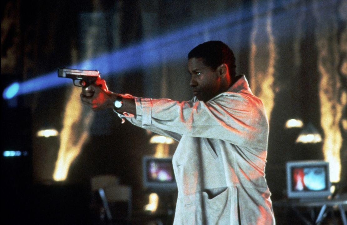Der Ex-Cop Parker Barnes (Denzel Washington) wird aus dem Gefängnis entlassen, um einen extrem gefährlichen Serienkiller zu fassen ... - Bildquelle: Paramount Pictures