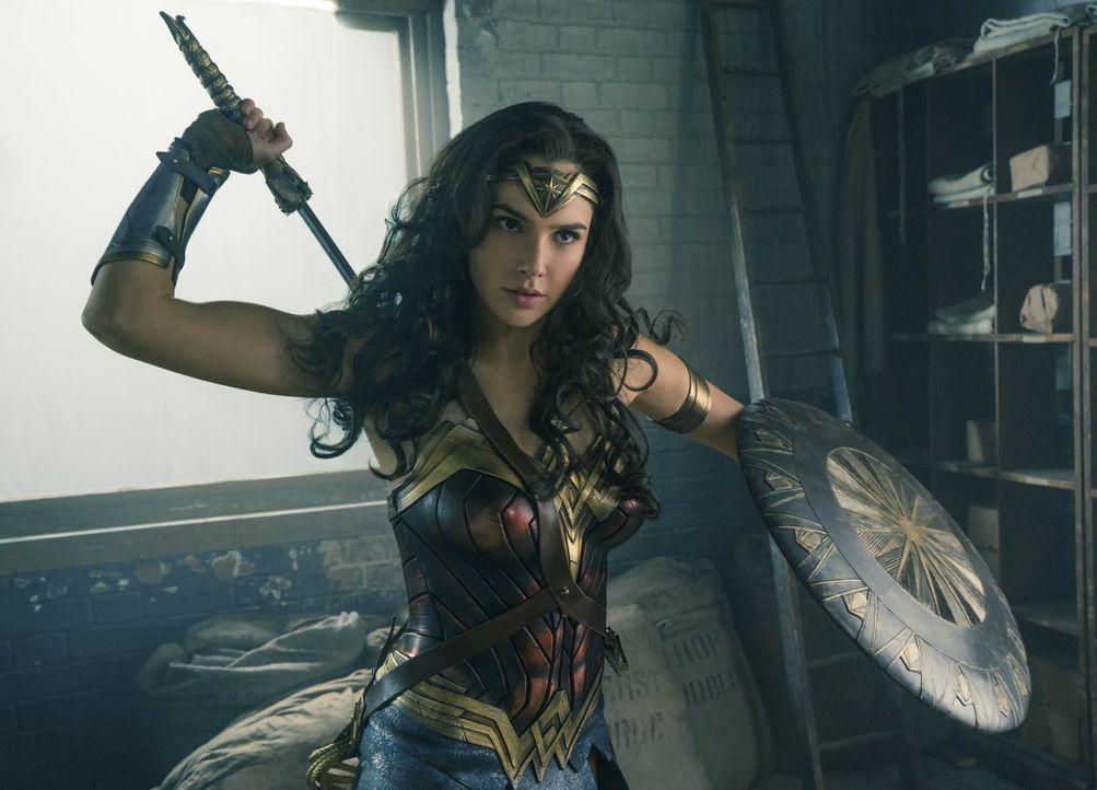 Diana alias Wonder Woman (Gal Gadot) - Bildquelle: Warner Bros.