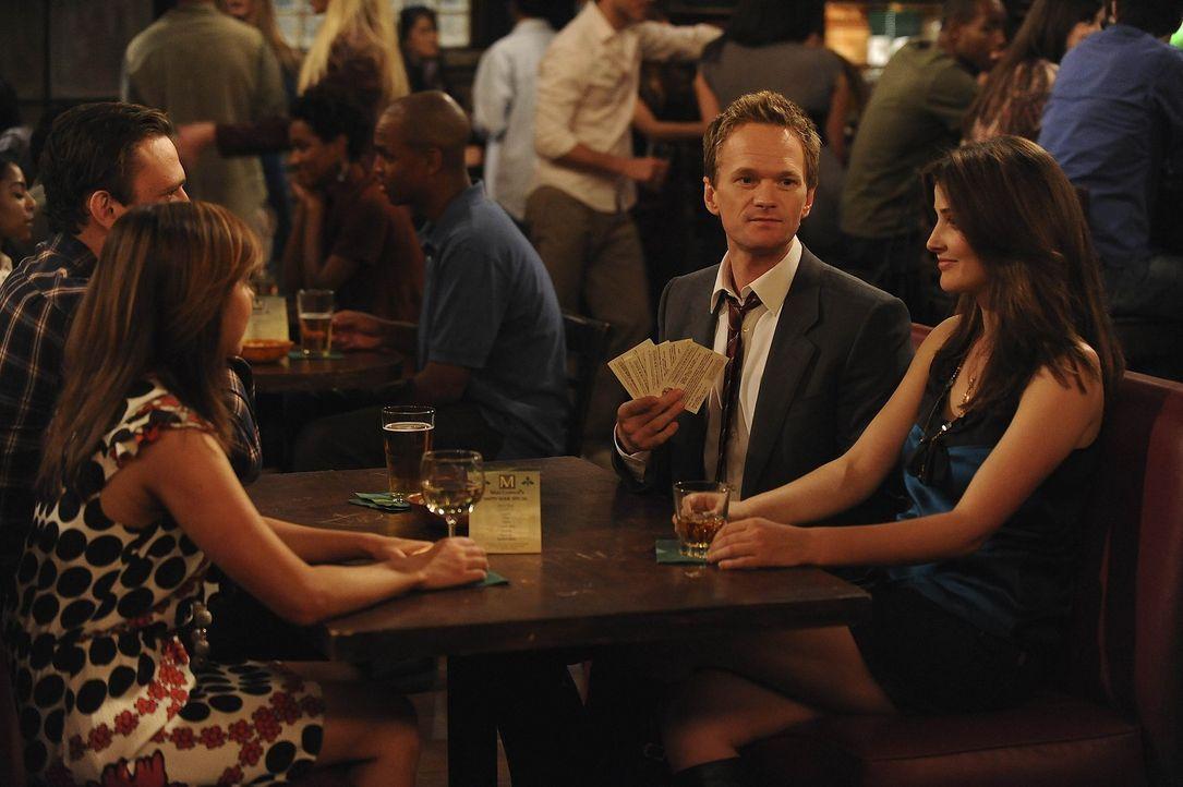 Gute Freunde: Marshall (Jason Segel, l.), Barney (Neil Patrick Harris, 2.v.r.), Lily (Alyson Hannigan, 2.v.l.) und Robin (Cobie Smulders, r.) ... - Bildquelle: 20th Century Fox International Television