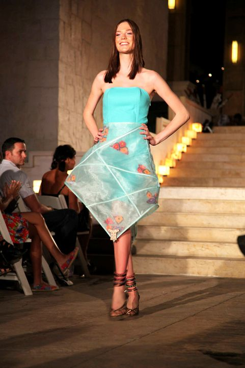 germanys-next-topmodel-stf07-epi09-fashionshow-022-prosiebenjpg 1333 x 2000 - Bildquelle: ProSieben