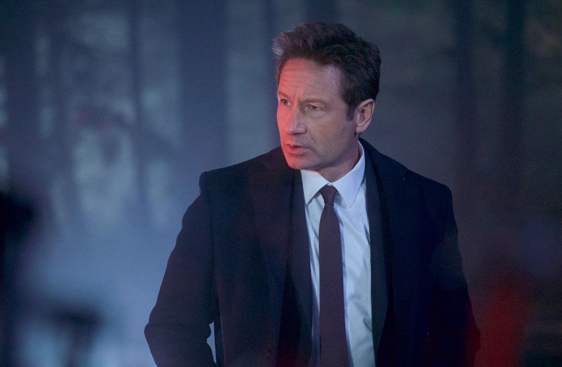 Ist sich sicher, dass ein kleiner Junge in Connecticut Opfer von Hexen wurde: Mulder (David Duchovny) ... - Bildquelle: Shane Harvey 2018 Fox and its related entities.  All rights reserved.