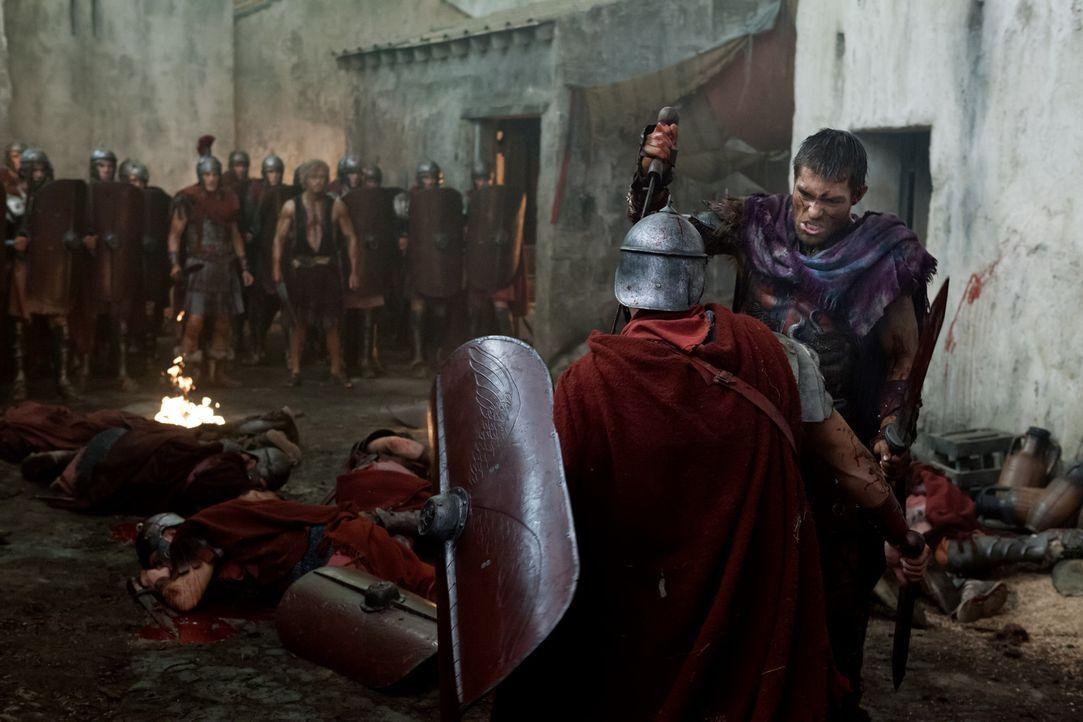 Nach dem Verrat der Piraten muss sich Spartacus (Liam McIntyre) den Weg freikämpfen ... - Bildquelle: 2012 Starz Entertainment, LLC. All rights reserved.