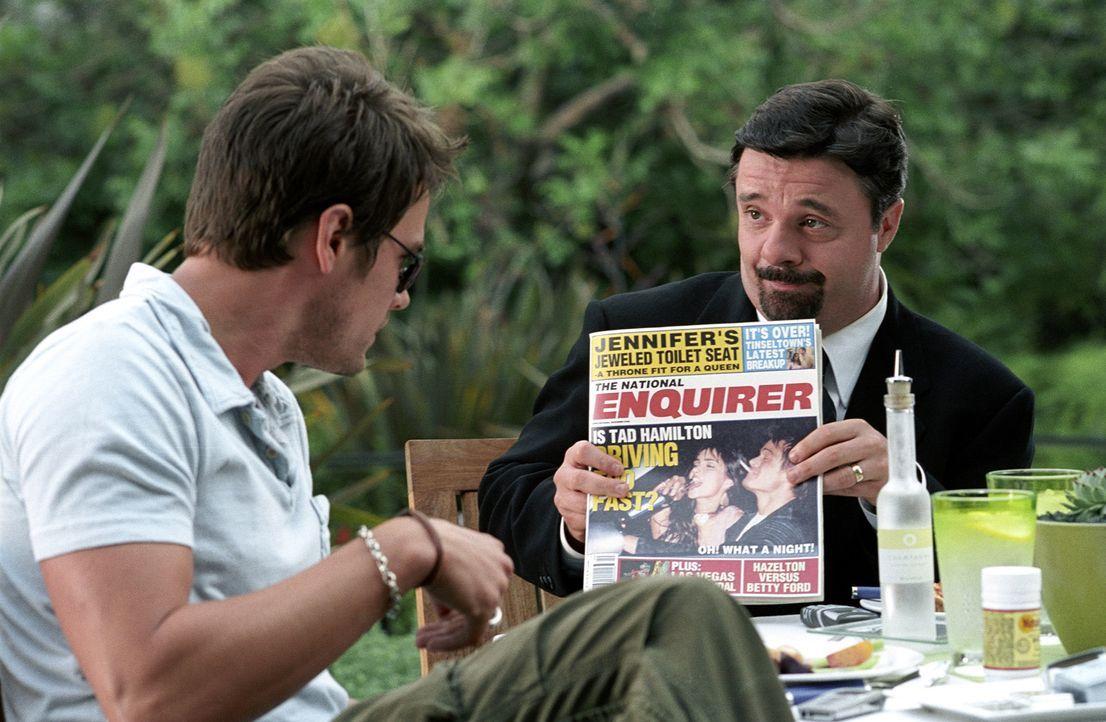 Tad Hamilton (Josh Duhamel, l.), ein angesagter Filmstar, hat mit schwerwiegenden Imageproblemen zu kämpfen - auf der Leinwand gibt er stets den mo... - Bildquelle: 2004 DreamWorks LLC. All Rights Reserved.