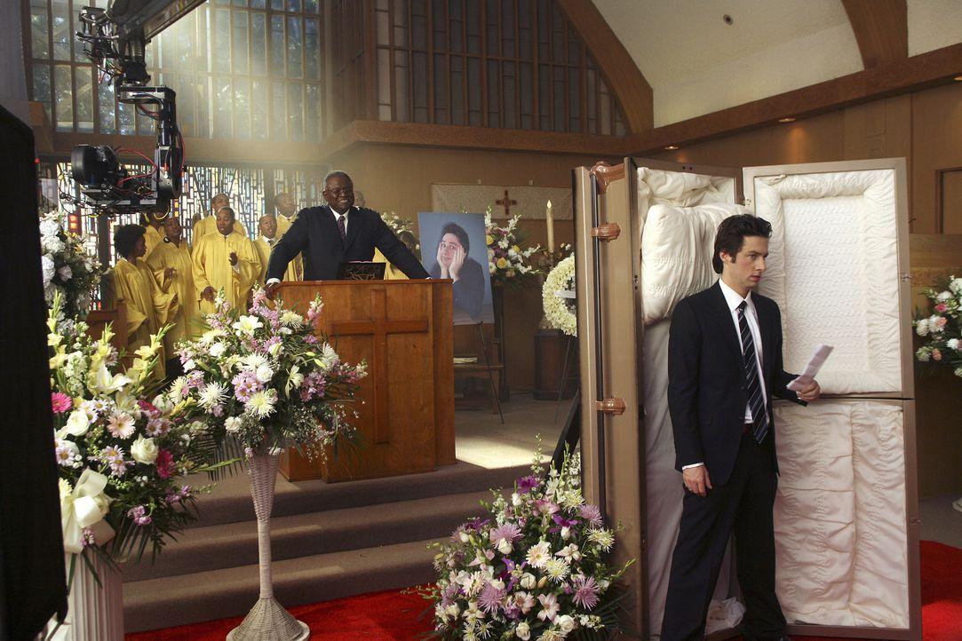 J.D. (Zach Braff, r.) macht Gedanken, wie seine Beerdienung aussehen könnte ... - Bildquelle: Touchstone Television