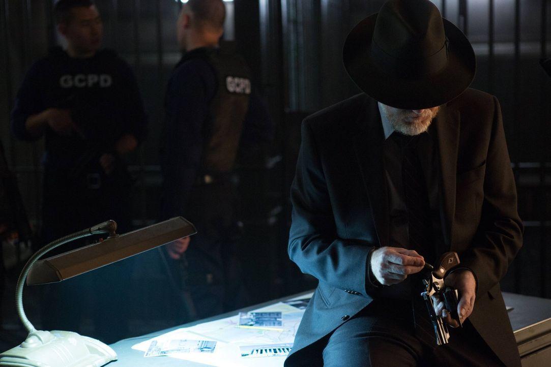 Um seinen Kollegen zu retten, gibt Bullock (Donal Logue) alles ... - Bildquelle: Warner Brothers