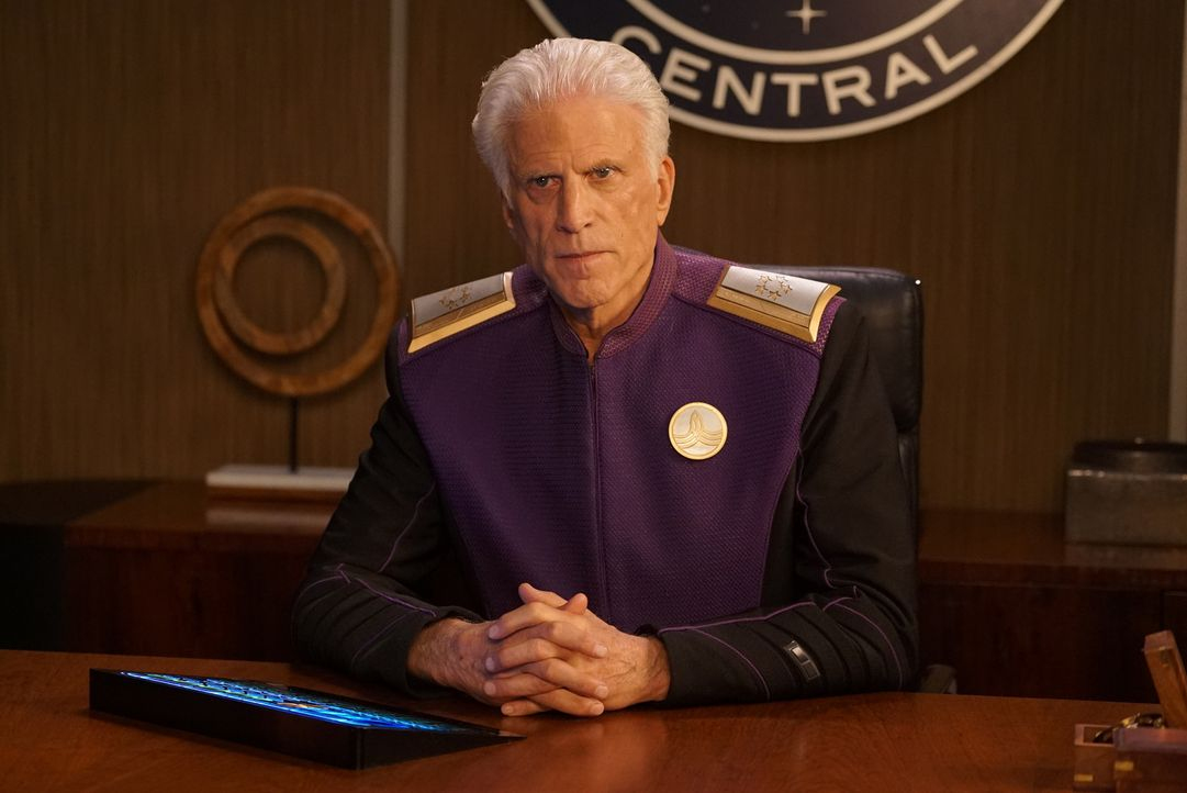 Admiral Perry (Ted Danson) - Bildquelle: Kevin Estrada 2019 Twentieth Century Fox Film Corporation.  All rights reserved.