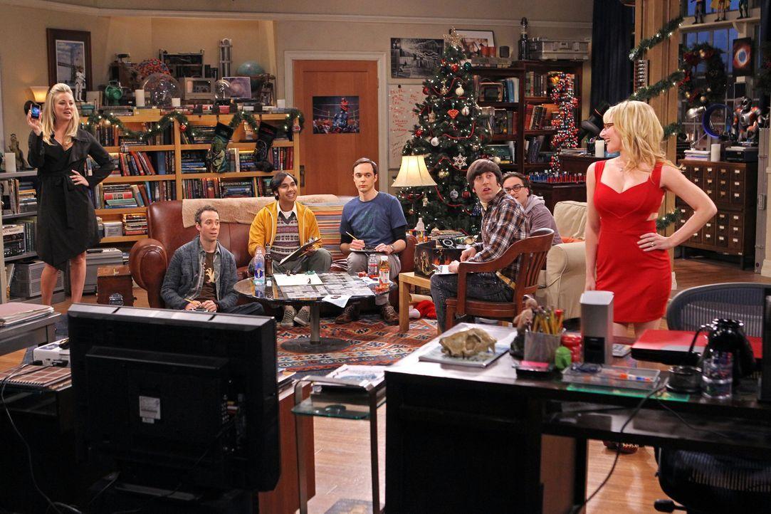 Nachdem Penny (Kaley Cuoco, l.) und Bernadette (Melissa Rauch, r.) nicht zum Spieleabend von Howard (Simon Helberg, 3.v.r.), Sheldon (Jim Parsons, M... - Bildquelle: Warner Bros. Television