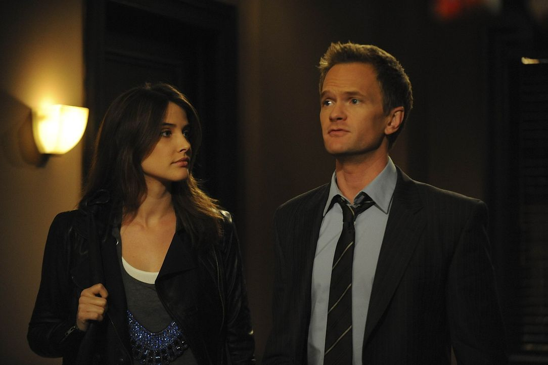 Wollen für ihr Umfeld das perfekte Paar sein: Barney (Neil Patrick Harris, r.) und Robin (Cobie Smulders, l.) ... - Bildquelle: 20th Century Fox International Television