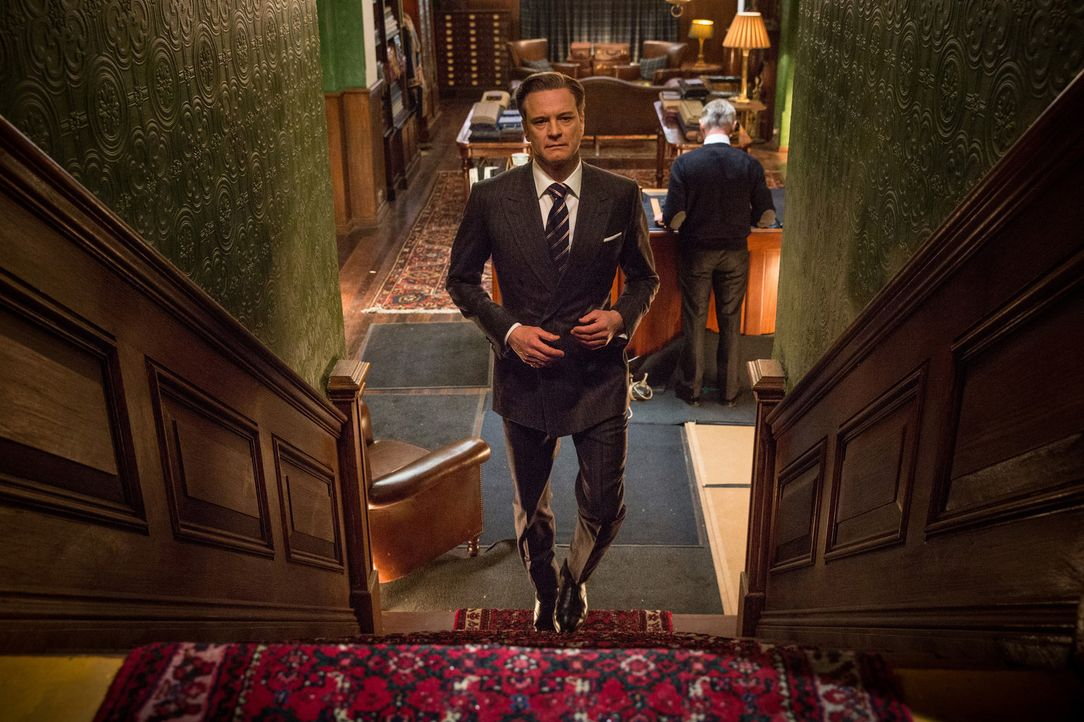 "Niemand ahnt, dass der wohlhabende Harry Hart (Colin Firth) für die private Geheimdiensttruppe ""Kingsmen"" arbeitet, die sich als Maßschneiderei tarn... - Bildquelle: 2015 Twentieth Century Fox Film Corporation. All rights reserved."