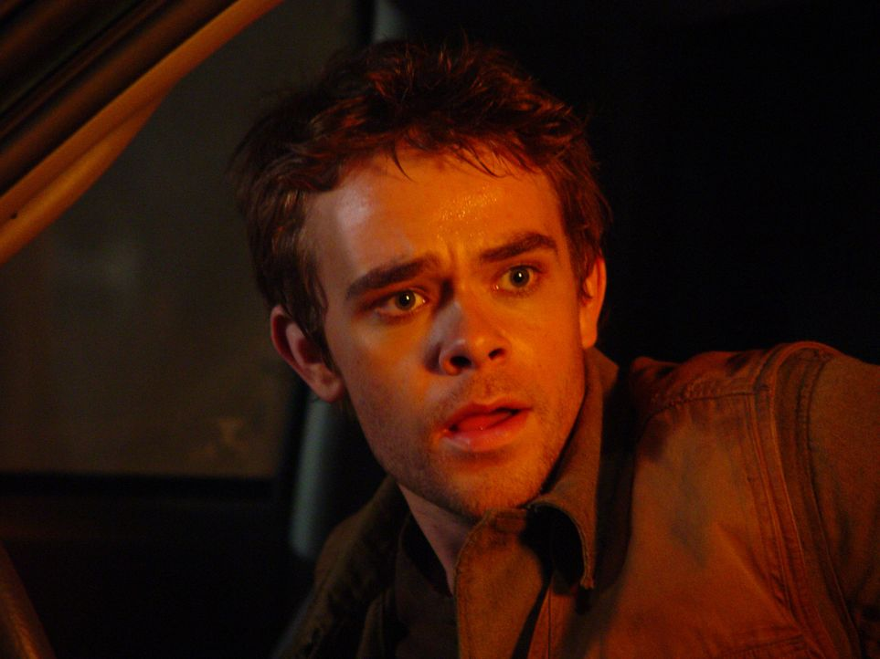 Vor zehn Jahren gelang es John Connor (Nick Stahl) die Apokalypse abzuwenden. Dennoch lebt er weiterhin in ständiger Angst und wird von Visionen un... - Bildquelle: 2004 Sony Pictures Television International. All Rights Reserved.